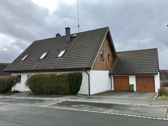 Familienhaus mit Anliegerwohnung Rehau